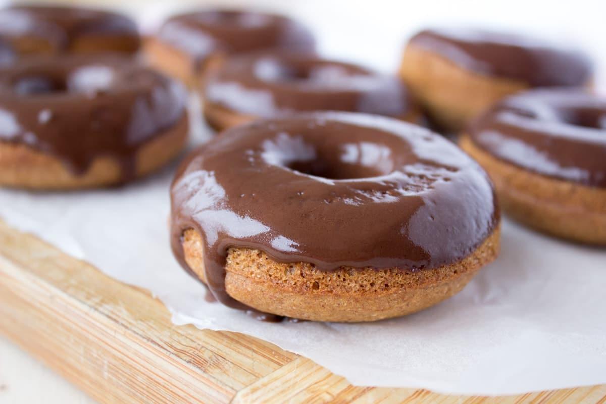 Cinnamon Vanilla Donuts