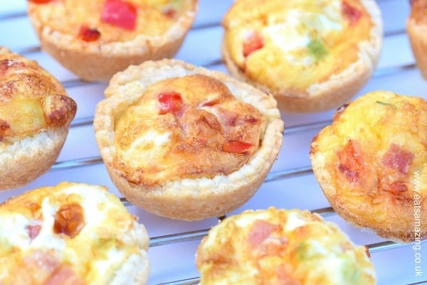 Easy-recipe-for-kids-super-simple-mini-quiches-great-for-picnics-lunch-boxes-and-party-food-with-free-printable-recipe-sheet-from-Eats-Amazing-UK