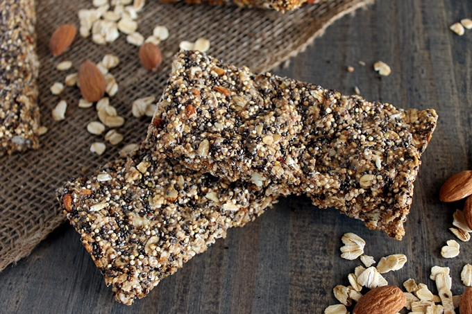 Quinoa-Chia-Seed-Protein-Bars-cq