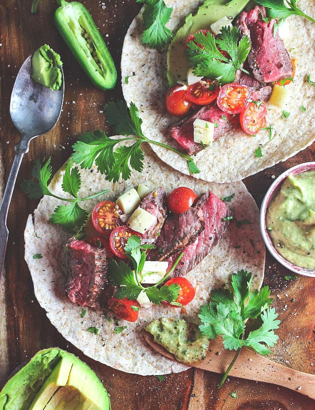 beef-tacos-with-spicy-avocado-sauce