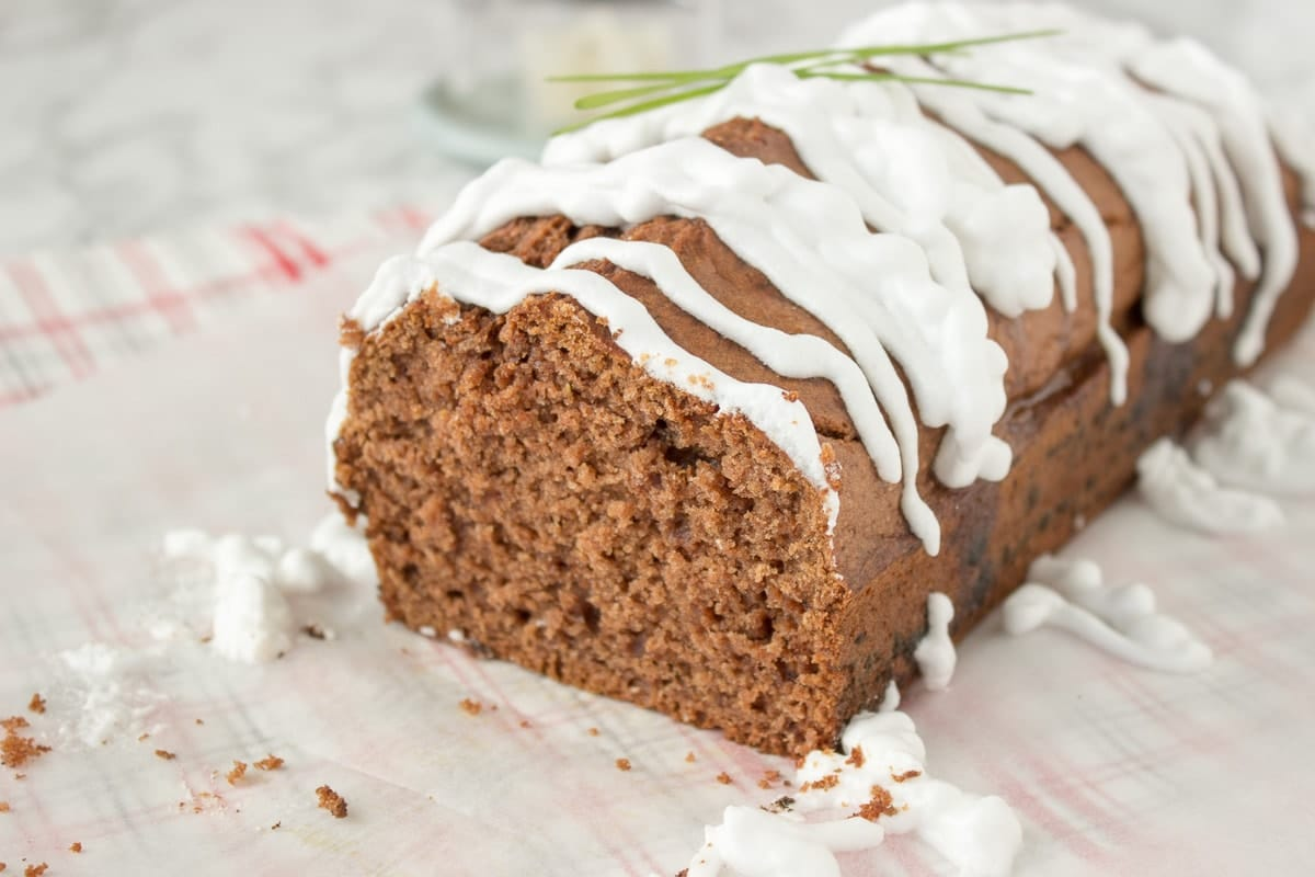 healthy-gingerbread-loaf-cake-9139
