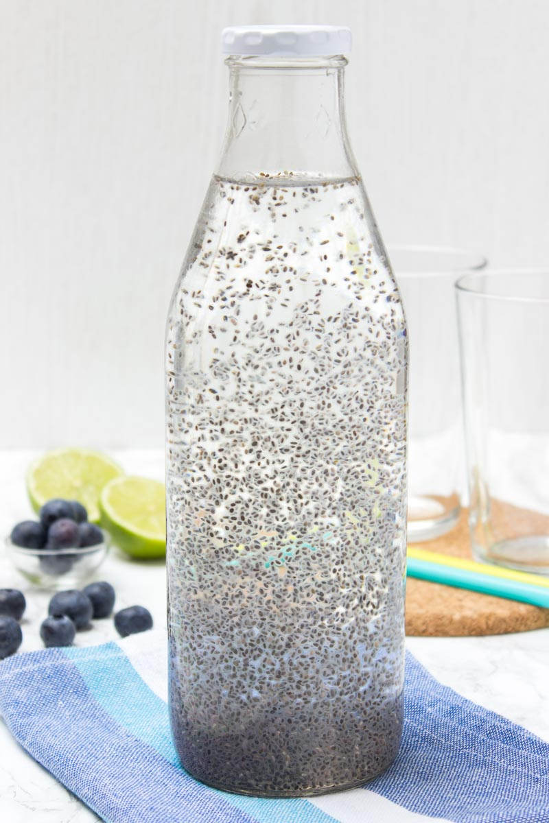 Energizing Blueberry Lime Chia Fresca made with fresh fruits and full of HEALTHY nutrients. It's refreshing, sweet and just delicious. Contains only natural ingredients and NO RAFINIED sugars. Perfect summertime drink. #chia #vegan #glutenfree #sugarfree #weightloss #healthy #drinks #summer #party #kids | natalieshealth.com