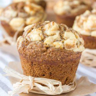 Healthy Pumpkin Cheesecake Muffins