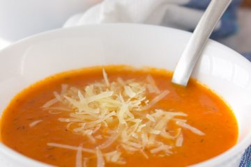 A creamy Tomato Apple Soup made with all FRESH whole ingredients is perfect immune boosting soup for upcoming colder days. Enriched with healing spice - turmeric, this soup is bursting with flavors and ready in just 30 minutes. #soup #whole30 #healthy #vegan #glutenfree #healthy #easy #apple #tomato #homemade | www.natalieshealth.com
