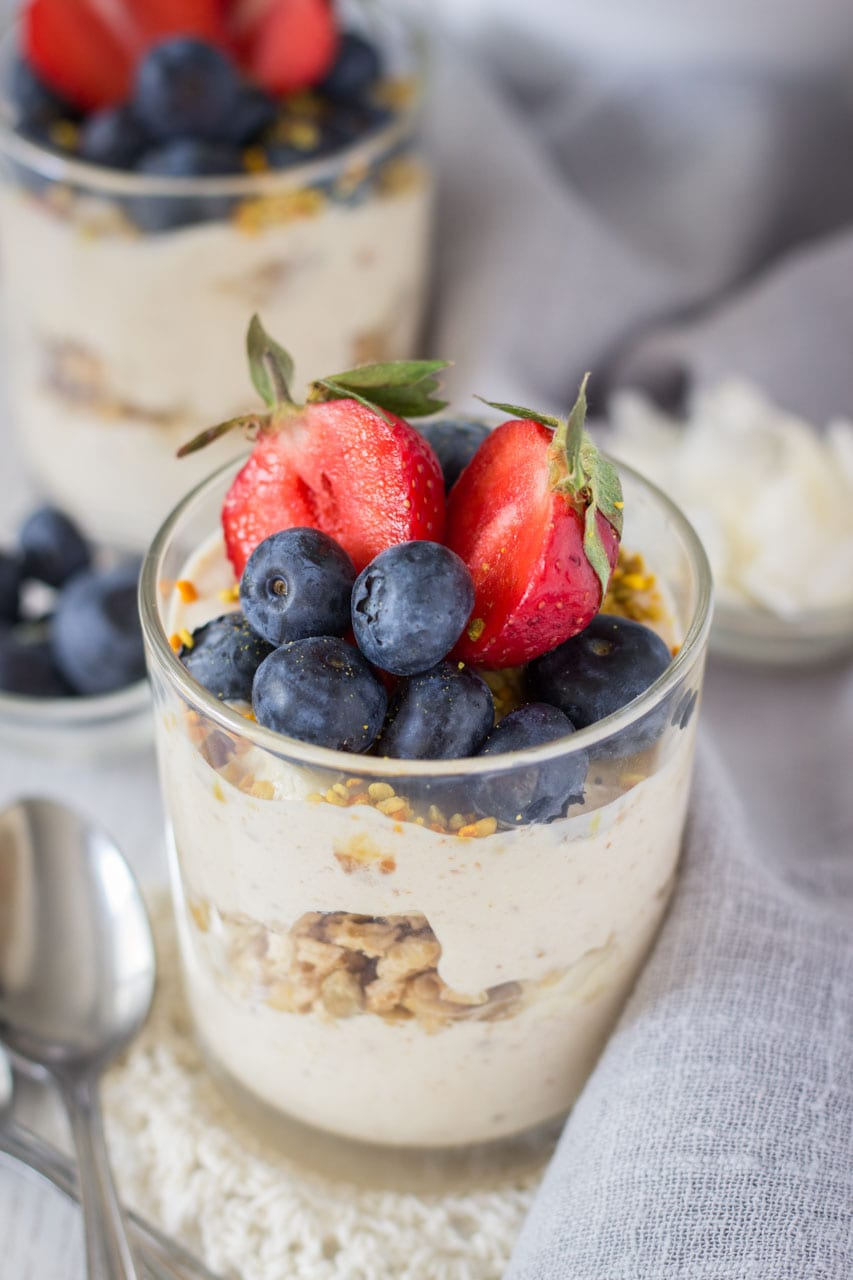 Peanut Butter Greek Yogurt Parfaits made with creamy peanut butter and homemade honey granola