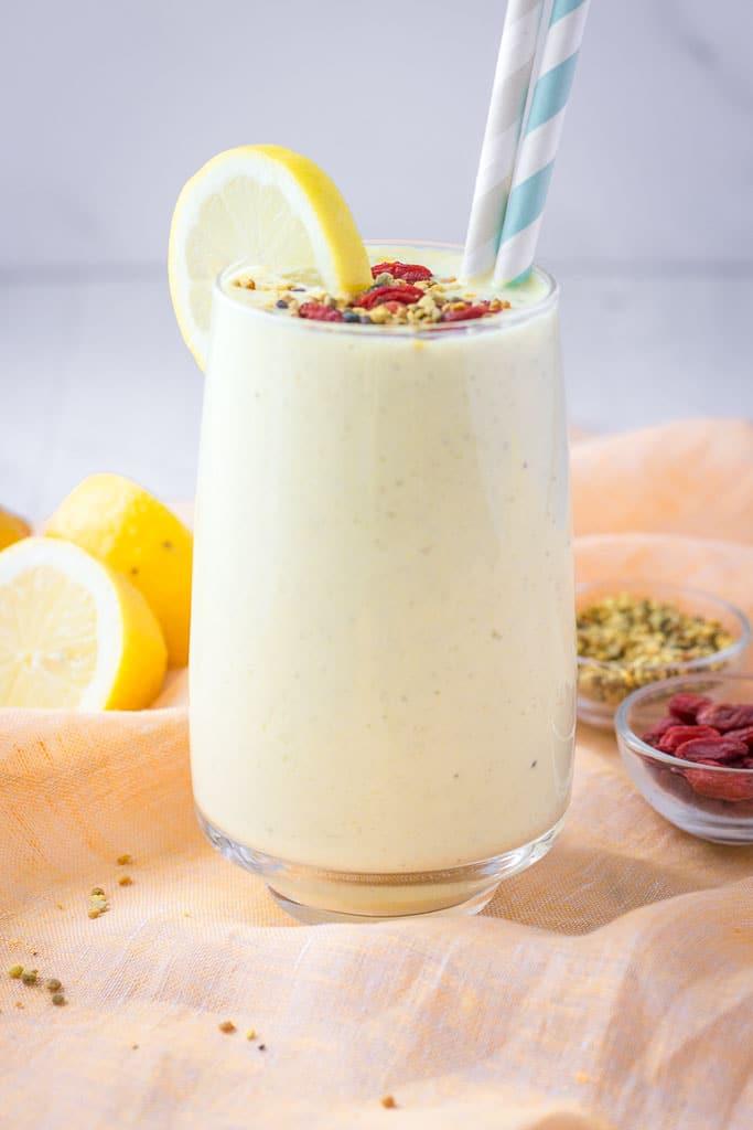 Lemon Yogurt Smoothie with turmeric and hemp seeds topped with goji berries