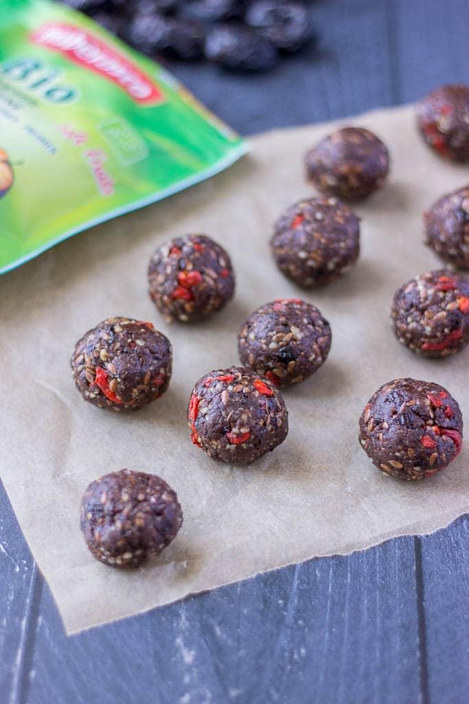 Chocolate Prune Energy Balls