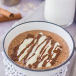 Healthy Cinnamon Roll Oatmeal porridge