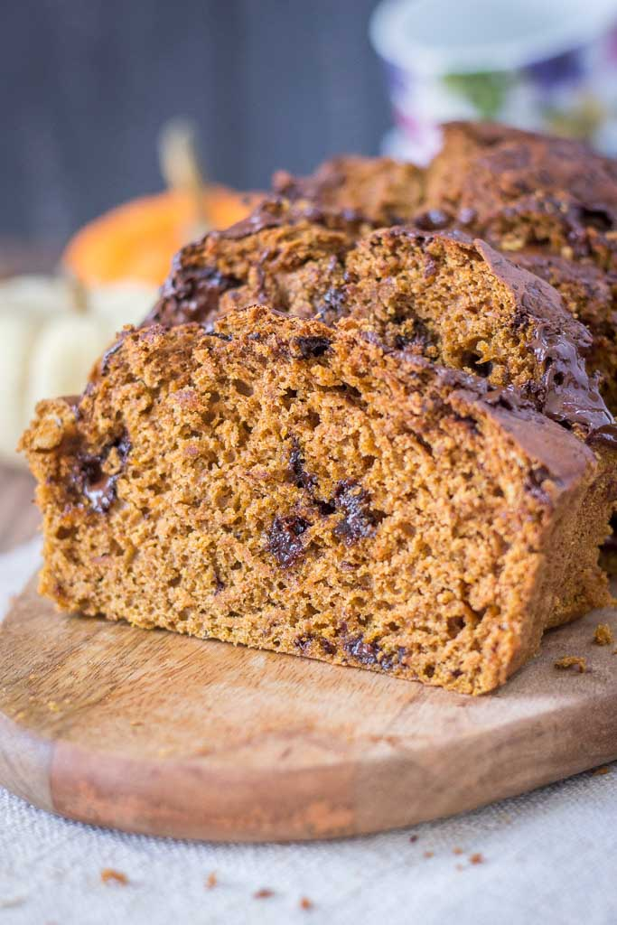 Healthy Pumpkin Chocolate Chip Bread made with homemade pumpkin puree and filled with pumpkin pie spice
