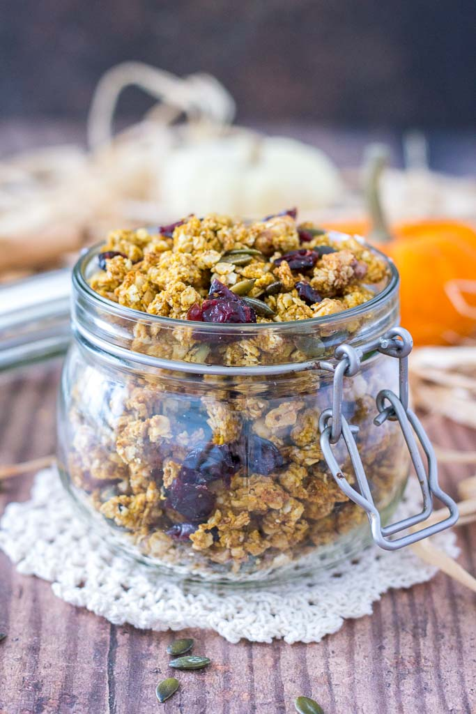 Healthy Pumpkin Granola with homemade pumpkin puree, pumpkin seeds, walnuts, and dried fruits