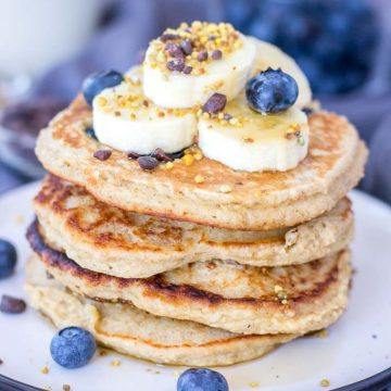 Banana Pancakes with oats and fresh blueberries