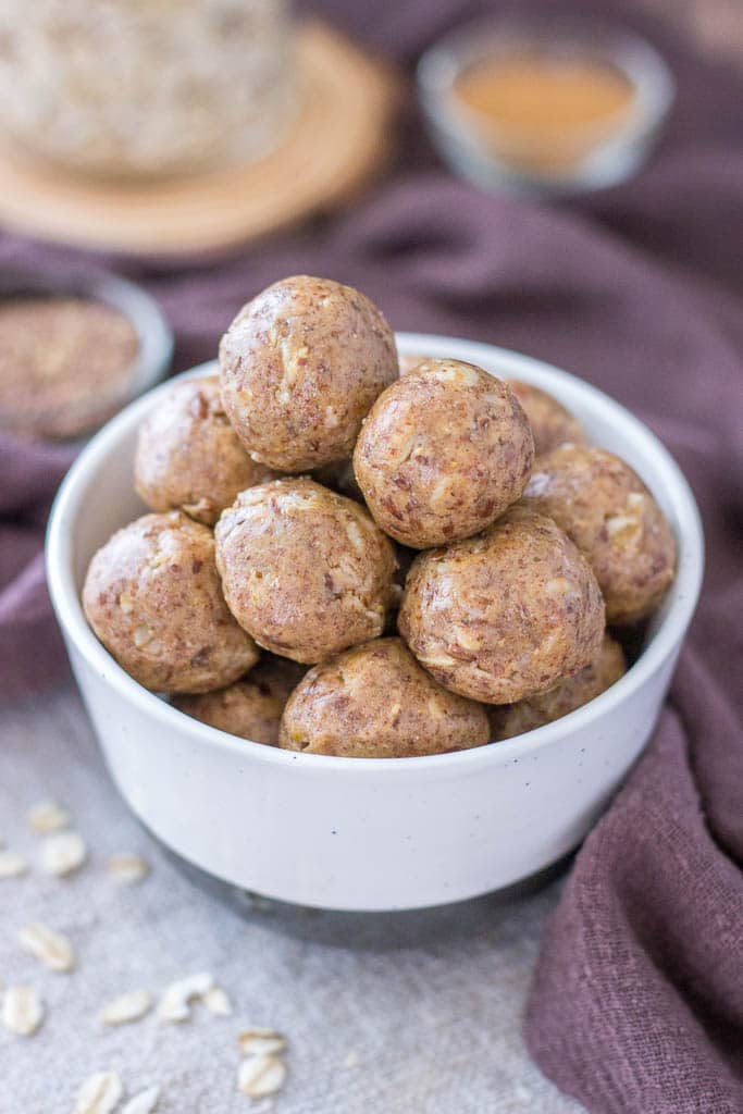 Peanut Butter Protein Balls with oats, peanut butter, and flax seeds